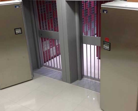 Safe Deposit / Bank Vaults
